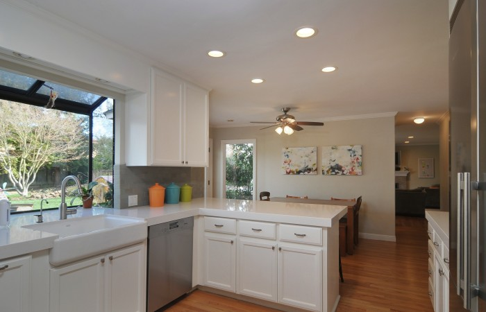 009 Kitchen 4 700x450 - Exquisitely remodeled home & yard for sale in Belwood - 127 Belhaven Drive