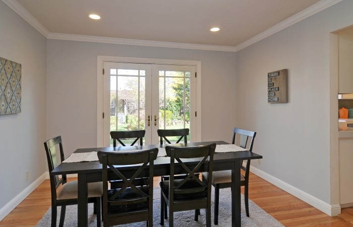 010 Dining Room 700x450 - Exquisitely remodeled home & yard for sale in Belwood - 127 Belhaven Drive