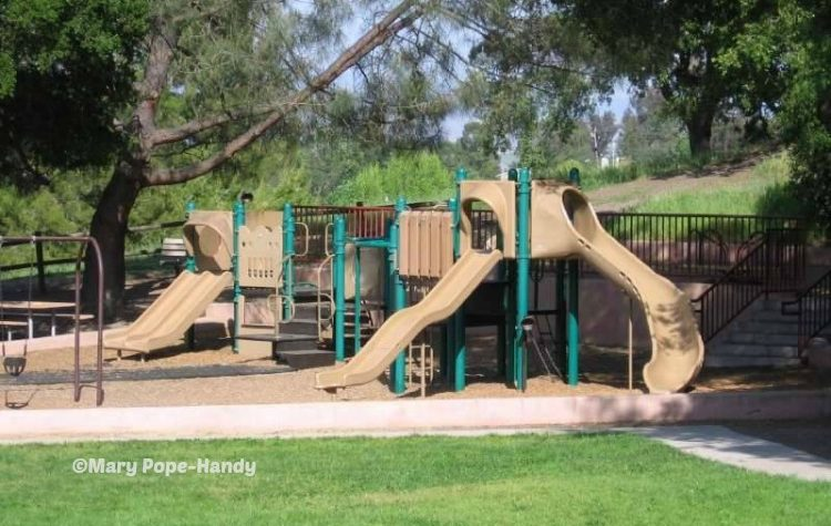 Belgatos Park Playground equipment